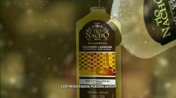 Tío Nacho Younger Looking Shampoo TV Spot, 'El médico' [Spanish] - Thumbnail 5