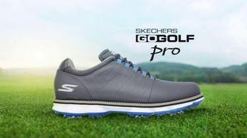 SKECHERS Go Golf Pro TV Spot, 'Dumb Questions' Featuring Matt Kuchar - Thumbnail 8