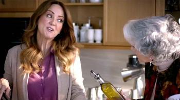 Royal Prestige TV Spot, 'Suegrita' con Andrea Legarreta [Spanish] - Thumbnail 3