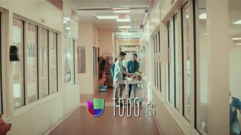 Univision TV Spot, 'Todo es posible con amor' [Spanish] - Thumbnail 9