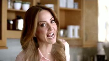 Royal Prestige TV Spot, 'Platillos' con Andrea Legarreta [Spanish] - Thumbnail 3