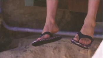 Sanuk TV Spot, 'Always Chillin'' Feat. Malia Manuel, Ryan Callinan - Thumbnail 5