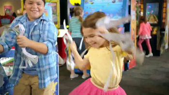 Chuck E. Cheese's TV Spot, 'Un día para Chuck E. Cheese's' [Spanish] - Thumbnail 9