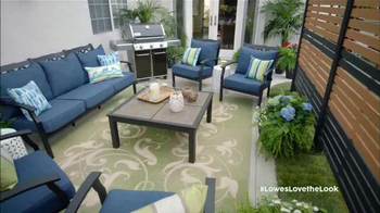 Lowe's TV Spot, 'HGTV: Love the Look: Spring' Featuring Anthony Carrino - Thumbnail 10