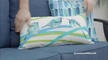 Lowe's TV Spot, 'HGTV: Love the Look: Spring' Featuring Anthony Carrino - Thumbnail 7