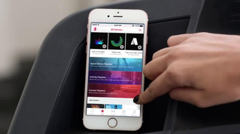 Apple Music TV Spot, 'Taylor vs. Treadmill' Song by Drake & Future - Thumbnail 2