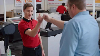 Staples TV Spot, 'Handshake' - Thumbnail 6