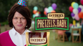 Snyder's of Hanover TV Spot, 'Backyard BBQ' - Thumbnail 10