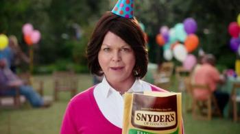 Snyder's of Hanover TV Spot, 'Backyard BBQ' - Thumbnail 2