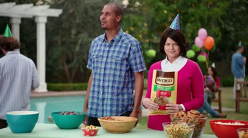 Snyder's of Hanover TV Spot, 'Backyard BBQ'