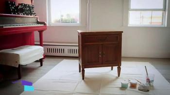Amy Howard One Step Paint TV Spot, 'HGTV: Talk Stoop' - Thumbnail 2