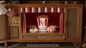 KFC $20 Family Fill Up TV Spot, 'Garantía de calidad' [Spanish] - Thumbnail 3