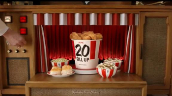 KFC $20 Family Fill Up TV Spot, 'Garantía de calidad' [Spanish] - Thumbnail 5