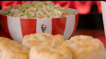 KFC $20 Family Fill Up TV Spot, 'Garantía de calidad' [Spanish] - Thumbnail 8