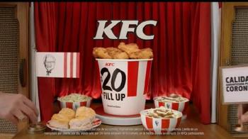 KFC $20 Family Fill Up TV Spot, 'Garantía de calidad' [Spanish] - Thumbnail 9