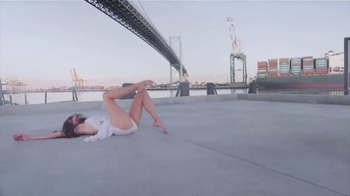 Nair Wax Ready-Strips TV Spot, 'Free Yourself: Contemporary Dancer'