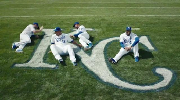 Major League Baseball TV Spot, '#THIS: Royals Core Take Family Pictures' - Thumbnail 2