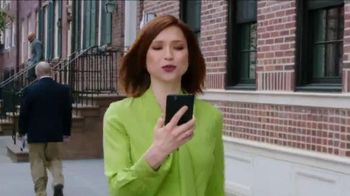 Chase Freedom Unlimited TV Spot, 'Everything Unlimited' Feat. Ellie Kemper - Thumbnail 4