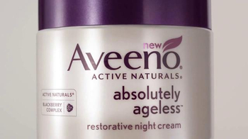 Aveeno Absolutely Ageless TV Spot, 'Beauty Sleep' Feat. Jennifer Aniston - Thumbnail 6