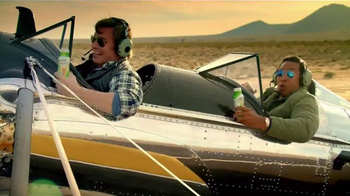 Glucerna TV Spot, 'Flying on the Ground'