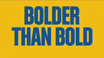 Butterfinger TV Spot, 'Bolder Than Bold: Bright Yellow Wrapper & Sticky' - Thumbnail 9