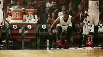 Gatorade Frost TV Spot, 'Play Cool' Featuring Dwyane Wade, George Gervin - Thumbnail 10