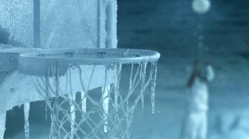 Gatorade Frost TV Spot, 'Play Cool' Featuring Dwyane Wade, George Gervin - Thumbnail 8