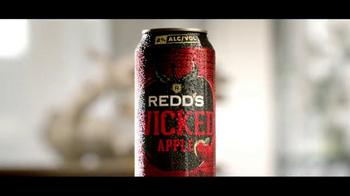Redd's Wicked Apple TV Spot, 'Draw' - Thumbnail 4