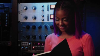Dark and Lovely TV Spot, 'BET: Black Girls Rock! Awards' Feat. Justine Skye - Thumbnail 5