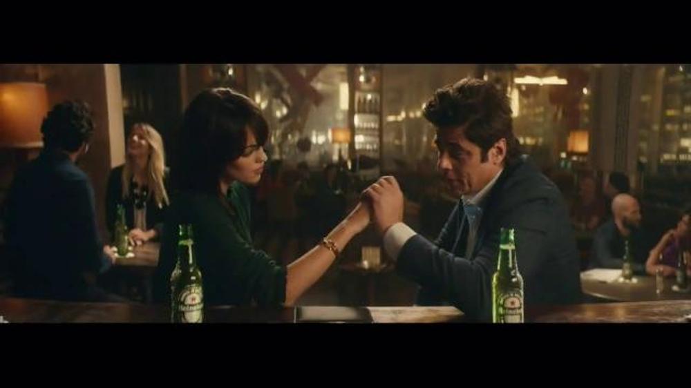 Heineken TV Commercial, 'Special Gift' Featuring Benicio del Toro