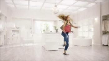 SKECHERS Women's Sandals TV Spot, 'Dancer' - Thumbnail 4