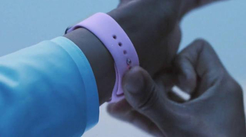 Apple Watch TV Spot, 'Swap' Featuring Jon Batiste - Thumbnail 4