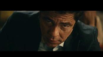 Heineken TV Spot, 'Don especial' con Benicio del Toro [Spanish] - Thumbnail 6
