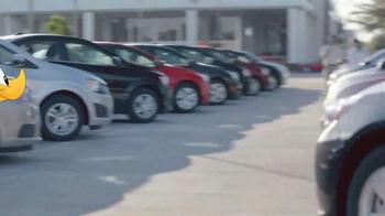 AutoNation Honda Dream Garage Sales Event TV Spot, 'Drive Pink: Roadrunner' - Thumbnail 5