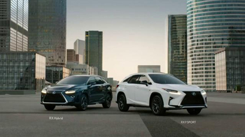 2016 Lexus RX TV Spot, 'Expressive: Modern. Luxury.' Song by Pylon - Thumbnail 5