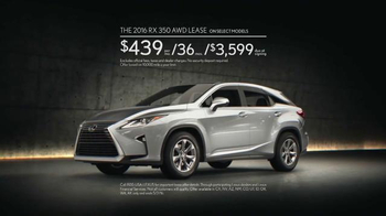 2016 Lexus RX TV Spot, 'Expressive: Modern. Luxury.' Song by Pylon - Thumbnail 6