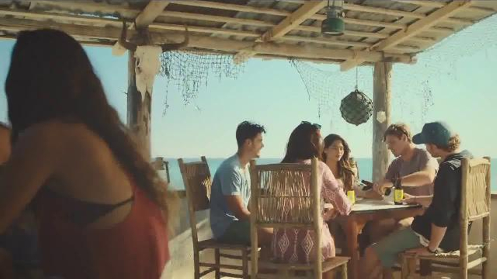Cerveza Pacifico TV Commercial, 'Waiting to be Discovered'