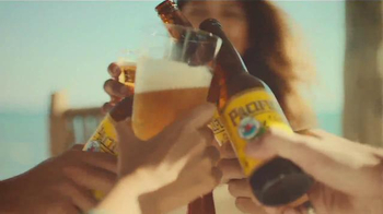 Cerveza Pacifico TV Spot, 'Waiting to be Discovered' - Thumbnail 8