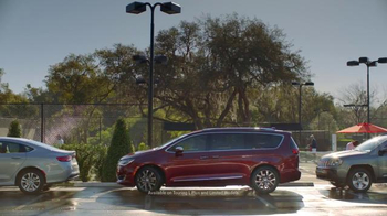 2017 Chrysler Pacifica TV Spot, 'Tennis, Strong Dad Brand' Ft. Jim Gaffigan - Thumbnail 8