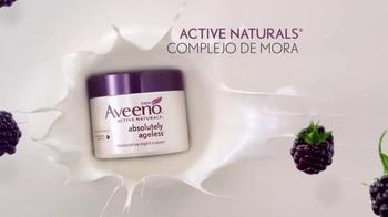 Aveeno Absolutely Ageless TV Spot, 'Sueño' con Jennifer Aniston [Spanish] - Thumbnail 7