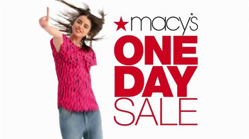 Macy's One Day Sale TV Spot, '$20 Off' - Thumbnail 2