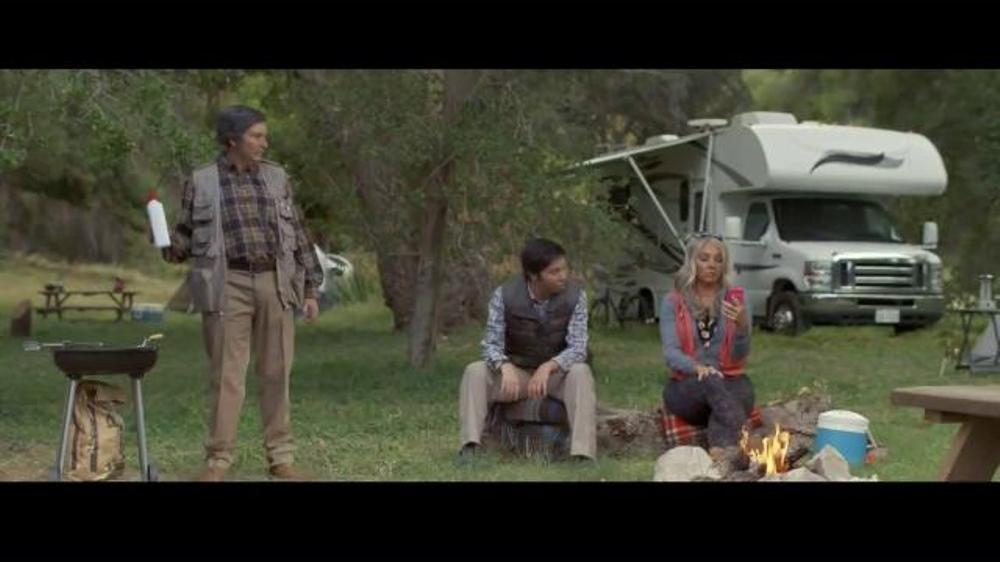 Progressive TV Commercial, 'Flo's Family: Fampling'