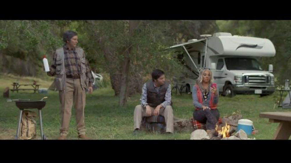 Direct General Auto Insurance >> Progressive TV Commercial, 'Flo's Family: Fampling' - iSpot.tv