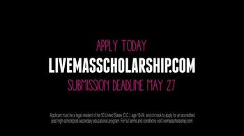 Taco Bell Live Mas Scholarship TV Spot, 'Calvin's Story' - Thumbnail 5