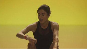 Apple Watch TV Spot, 'Row' Song by Charli XCX - Thumbnail 6