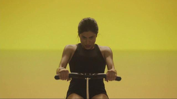 Apple Watch TV Spot, 'Row' Song by Charli XCX - Thumbnail 7