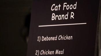 Blue Buffalo Indoor Health TV Spot, 'Blue vs. Purina Cat Chow' - Thumbnail 4