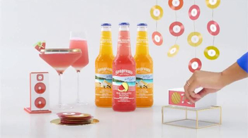 Seagram's Escapes TV Spot, 'Kelly Rowland Keeps It Colorful' - Thumbnail 2