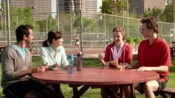 Dole Fruit Bowls TV Spot, 'Mixed Doubles' - Thumbnail 6