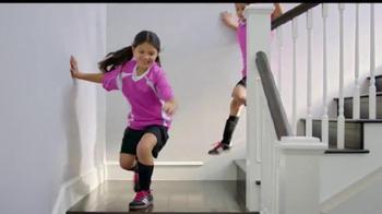 The Home Depot TV Spot, 'Fútbol en la casa' [Spanish]